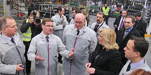 Trnavský PSA Peugeot Citroën Slovakia  navštívila predsedníčka slovenskej vlády Iveta Radičová